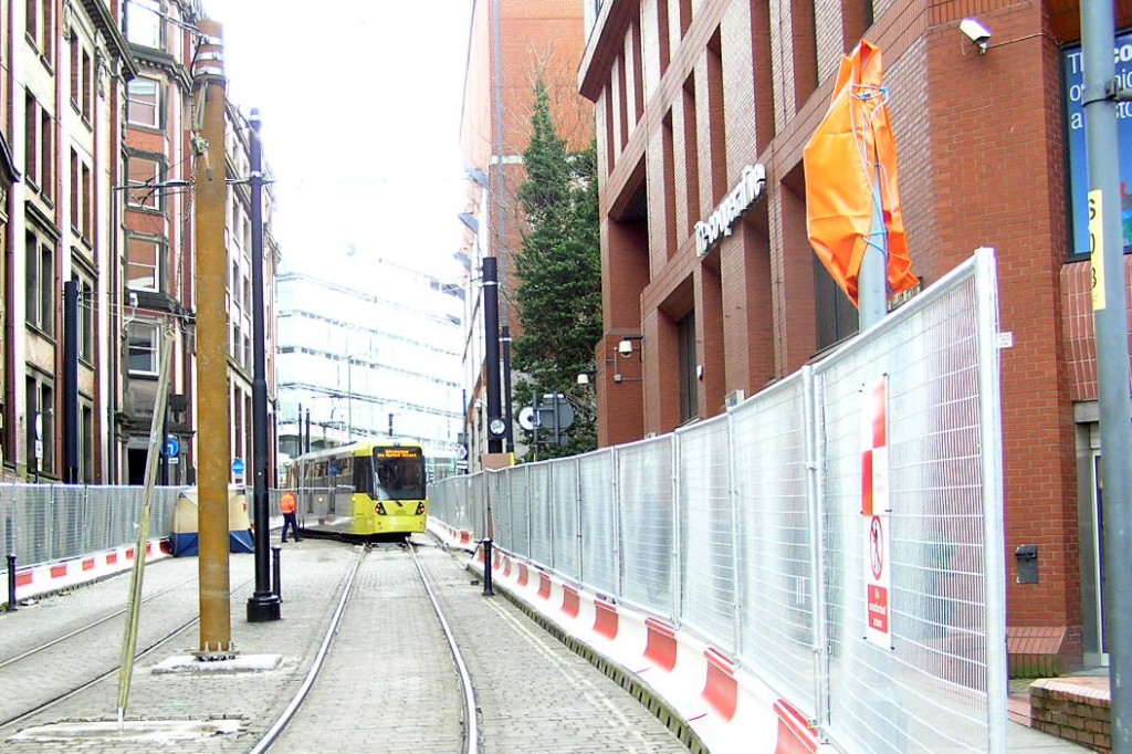 Looking up Balloon Street from Corporation Street as a M5000 uses the crossover.