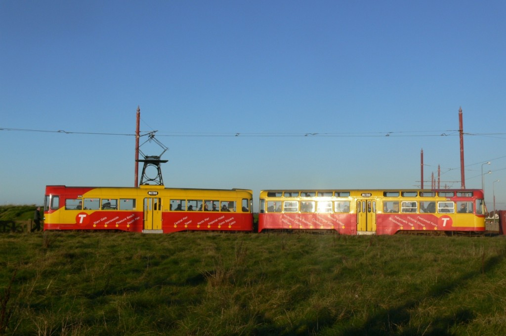 6th November 2011, and the sun sets on not only the traditional tramway but also 675+685's operating career - at least that's what we thought at the time! This was almost certainly the last day of use for this tram in Metro colours, however. (Photo by Andrew Waddington)