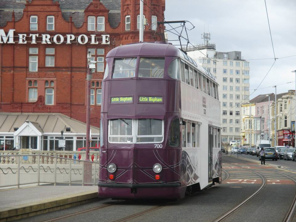 Balloon 700 passes the Metropole hotel on its way to Little Bispham whilst in service on Monday 20th July.