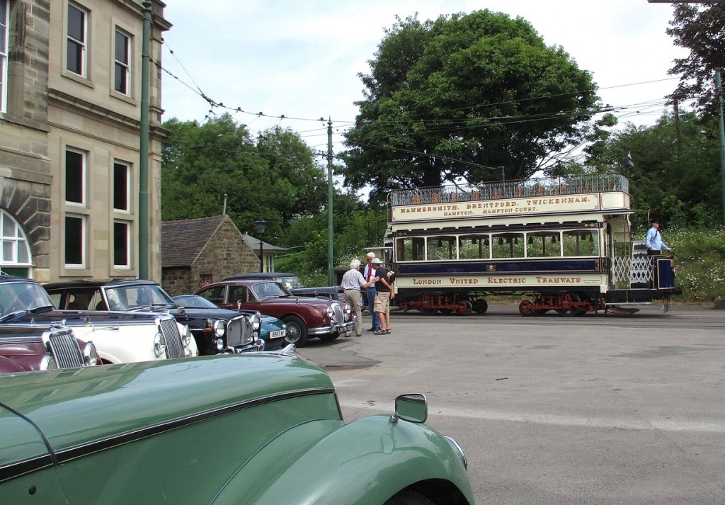 As 159 pulls up to the loading stop at Town End we take a look at a number of the visiting cars.