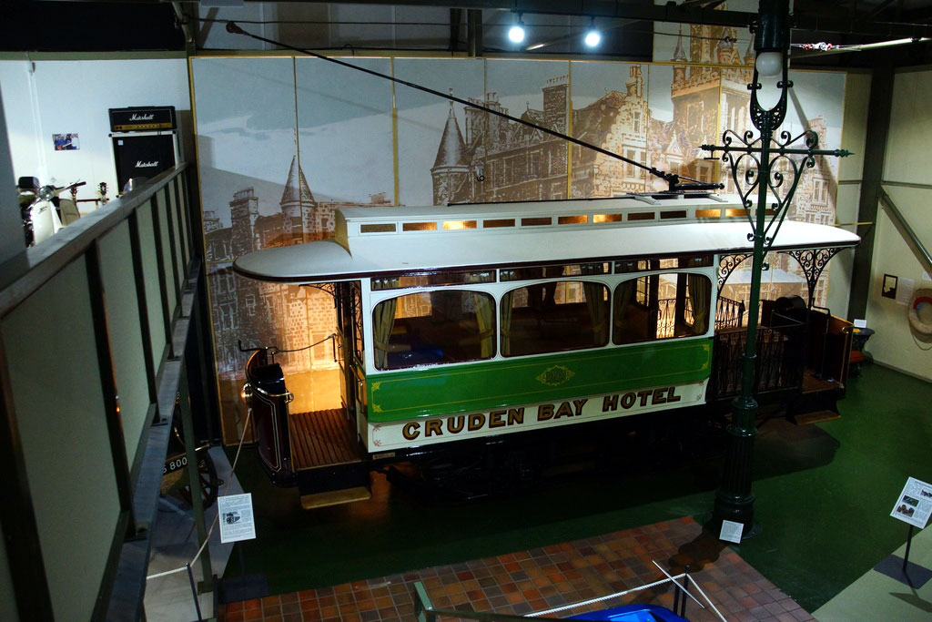 Another view of the tram's exterior, showing the side livery to good effect.