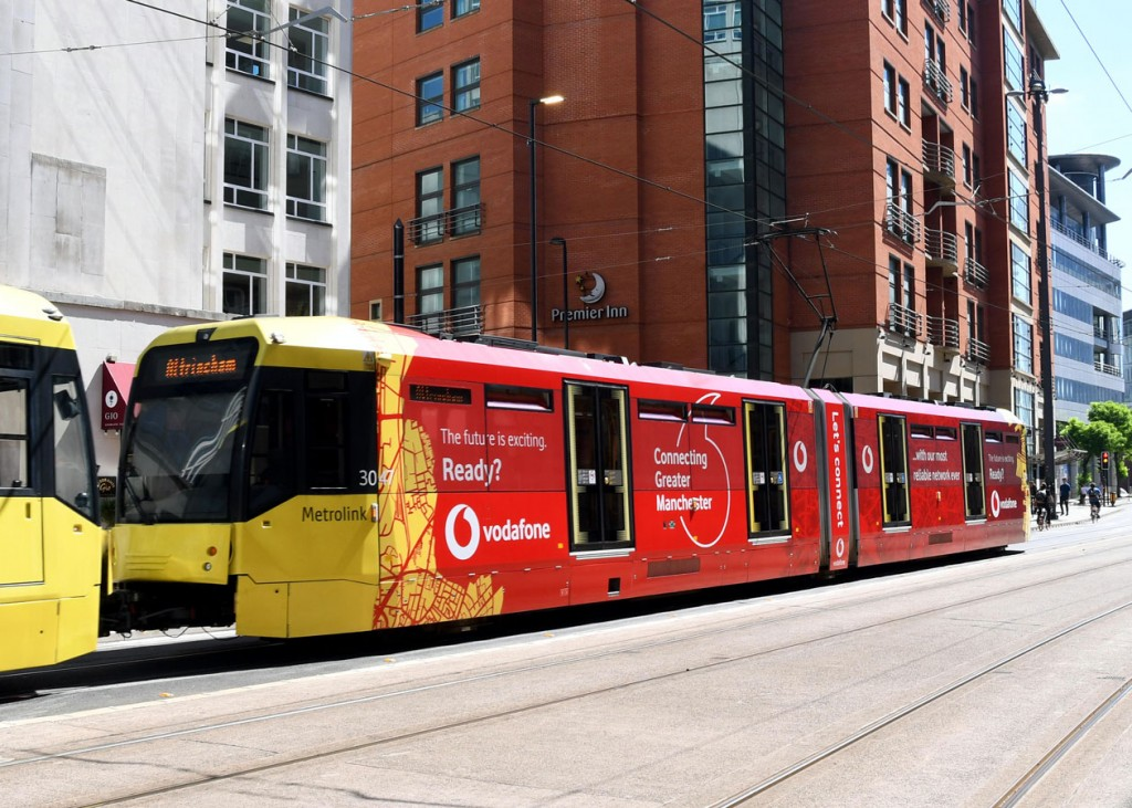 The second of the Vodafone adverted trams is 3047. Running here at the head of a double unit to Altrincham.