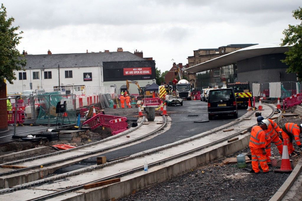 At Wolverhampton Bus Station the tracks split with a stop due to be constructed here – the only intermediate stop on the new line.
