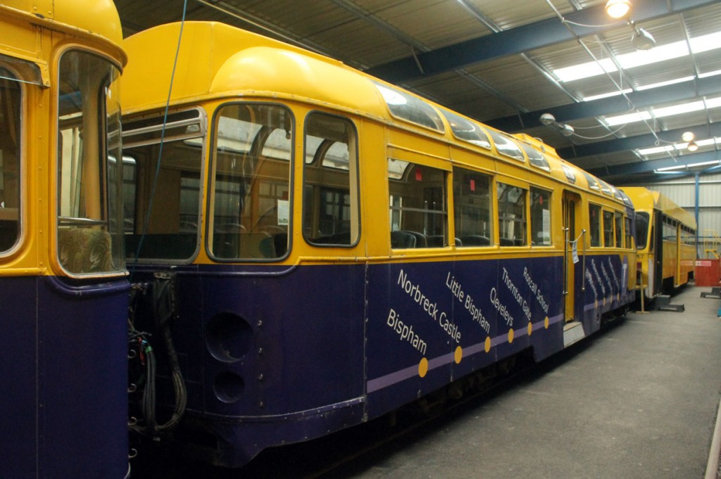 Twin Motor 674 in the Cadbury Purple Metro Coastlines livery.