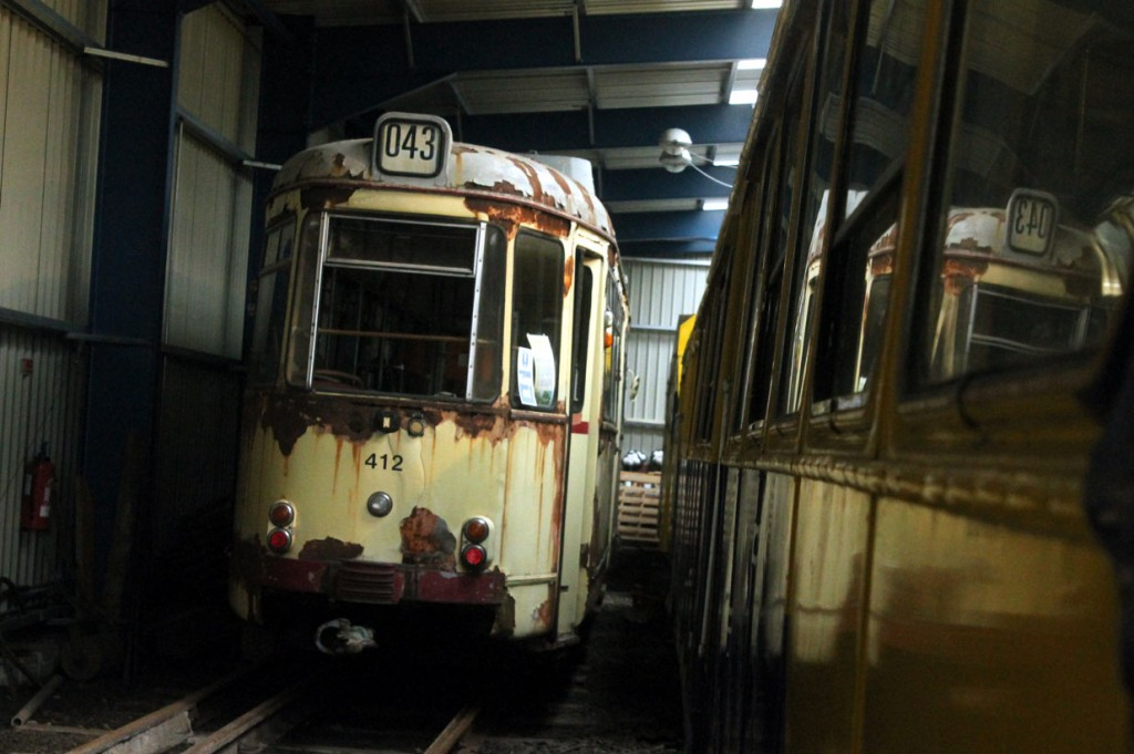Looking a little sorry for itself in the corner is Krefeld 412 (seen here twice including the reflection!). The final tram at NELSAM Graz 210 is behind 412 with no possibility of any photos. (All Photographs by Trevor Hall, 19th August 2018)