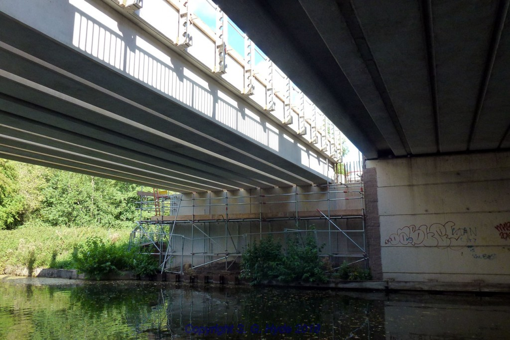 We are now on the tow path of the Bridge water Canal under Park Way are looking at the newly installed bridge beams over the canal.