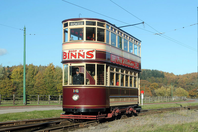 Sunderland 16 approaches Pockerley with a clockwise service. Having been out of service for much of the year it is good to see 16 back in use and it looks resplendent here in the autumnal sunshine.