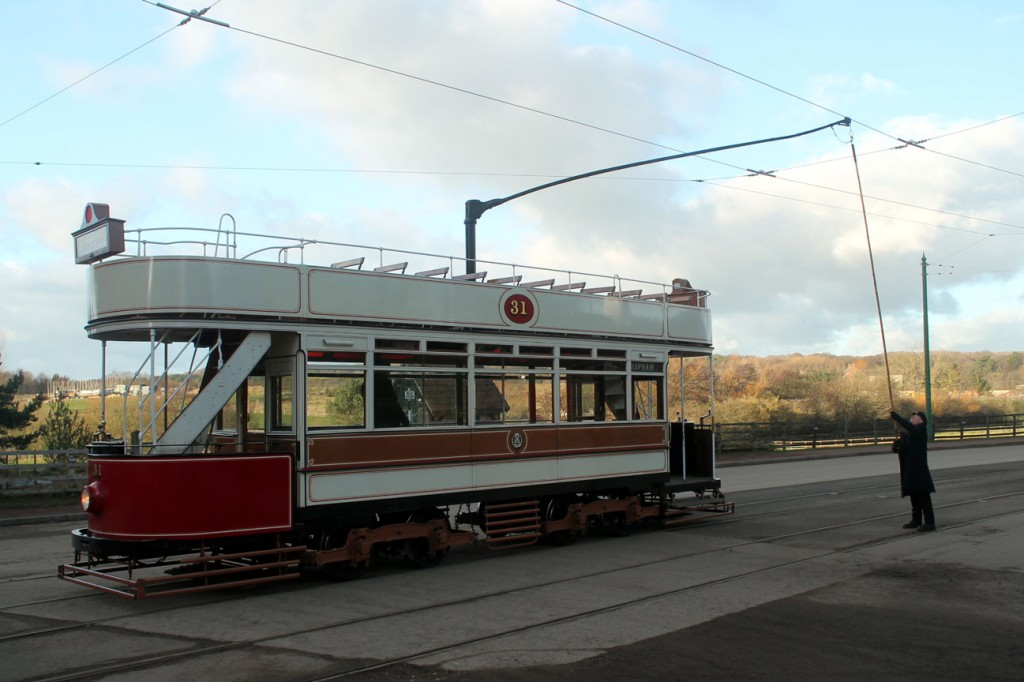 And here we see the same procedure on Blackpool 31 – the second tram in service on this day. In the town passengers have to disembark from the tram at the stop before the tram moves forward and then reverses the trolley before heading back towards Foulbridge. The only issue with this is that visitors haven't quite got the idea and keep trying to board the tram expecting it be continuing on its way to Pockerley!