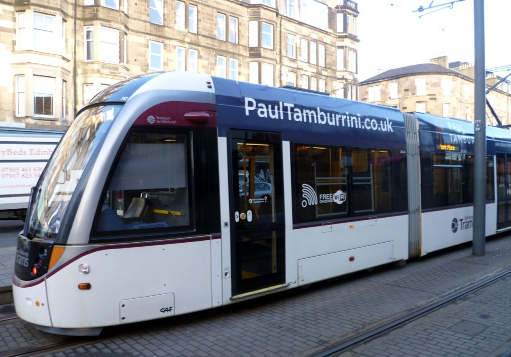 Another view of the Paul Tamburrini restaurant side of 262. Seen citybound at Haymarket. (All Photographs by Roy Calderwood, 16th January 2019)