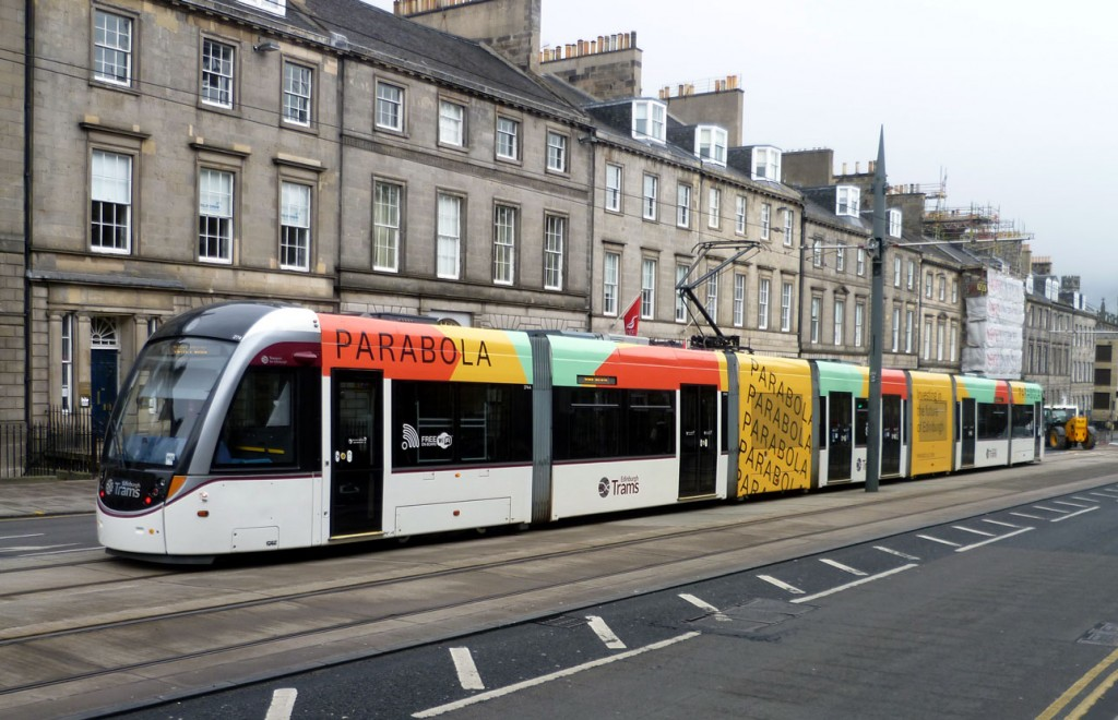 274 at a standstill on the approach to York Place as it waits for the platform to be cleared by another tram. With a big rugby match taking place at Murrayfield extra trams were in service.