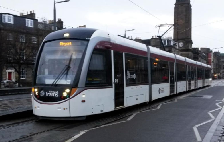 274 running without adverts is seen at West End Princes Street on 2nd March 2019. It had previously carried an advert for C R Smith featuring Pitlochry and Meadowbank. (Photograph by John Hampton)