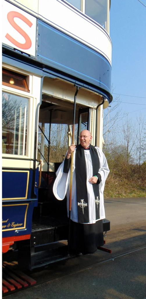 The Rev Ian Whitehead prepares to board Leeds 345.