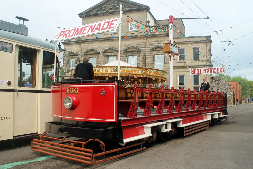 Good weather and a seaside event so what better excuse than for Blackpool Toastrack 166 to be used! Seen here at the Town End terminus.