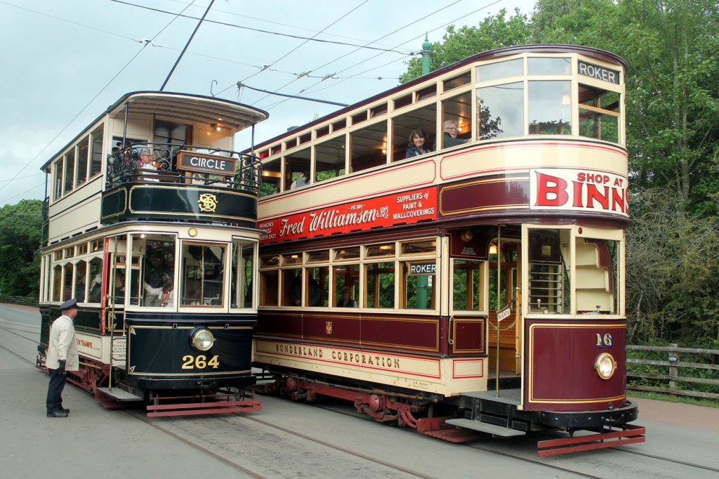 Sheffield 264 was the other tram in service and it is seen here meeting up with Sunderland 16 at the Entrance.