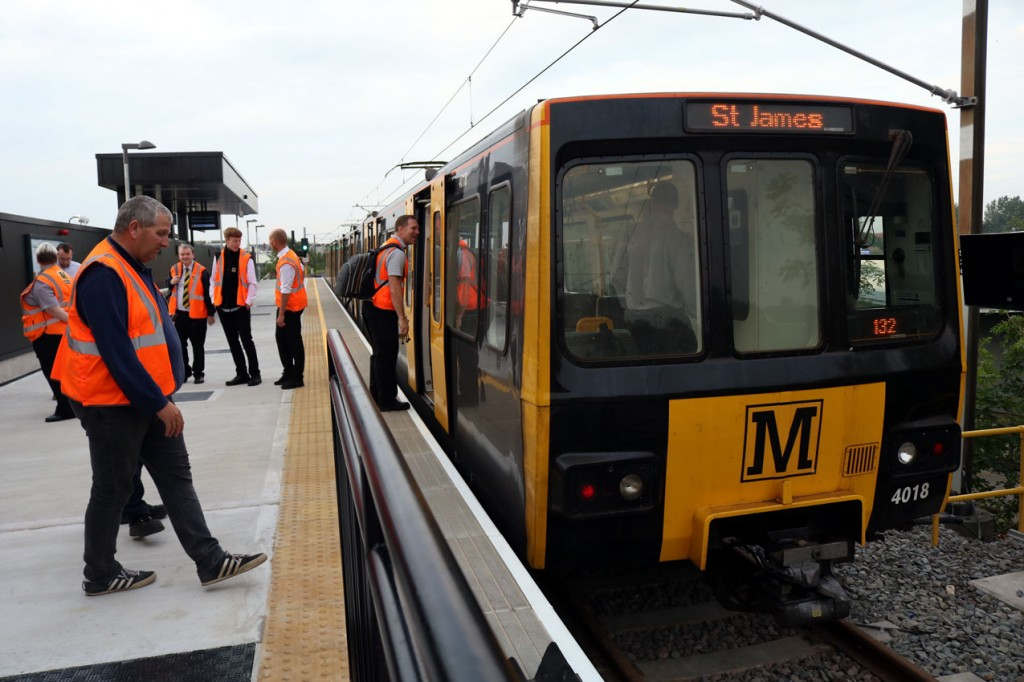 4018 led the first arrival into the new interchange and is seen here soon after arriving – along with plenty of Nexus/Metro staff to provide assistance to passengers.