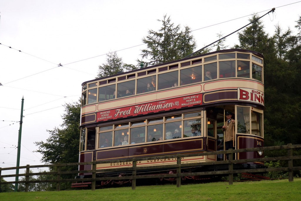 Sunderland 16 also passes the Fairground but this time around it is on the clockwise circuit.