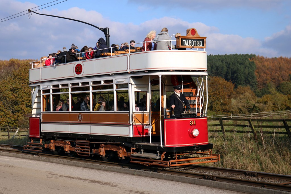 With autumnal colours in the background Blackpool 31 rounds the museum circuit.