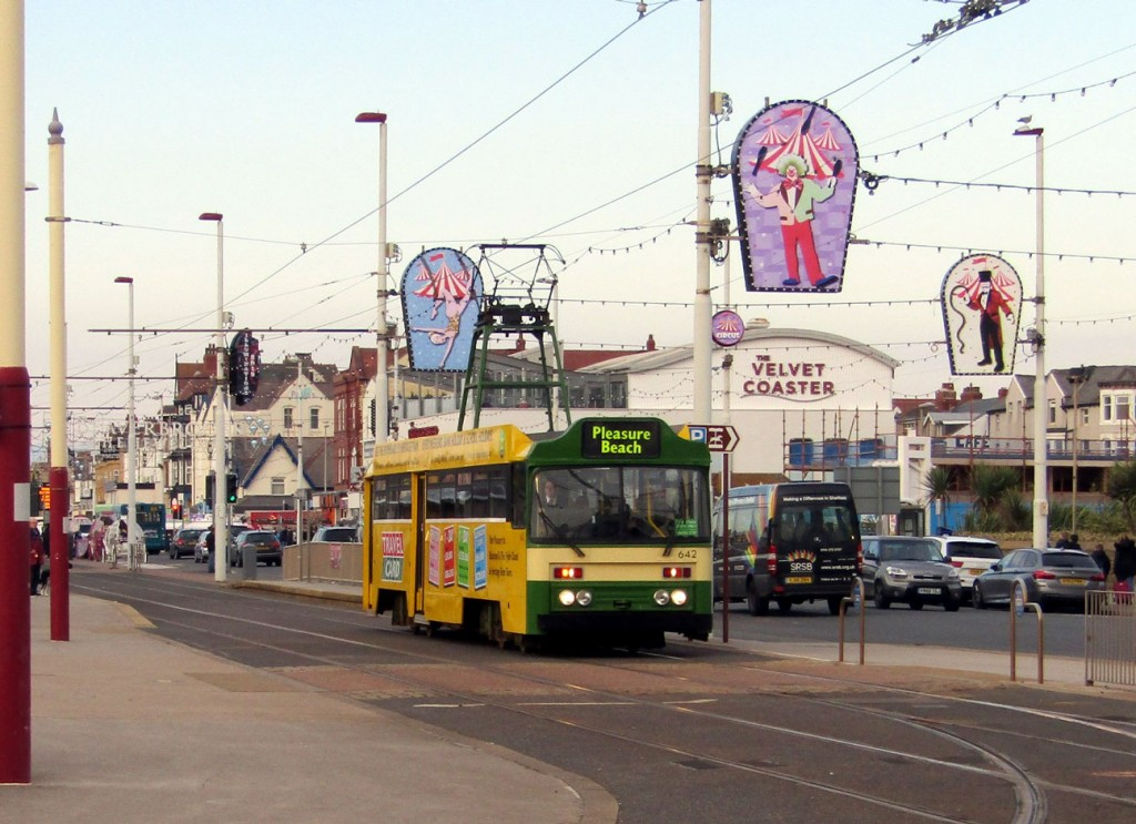 Into Blackpool and the afternoon heritage service with Centenary 642 seen here on the approach to Pleasure Beach. As we recently reported this tram returned to the rails earlier in the month having been missing since January.