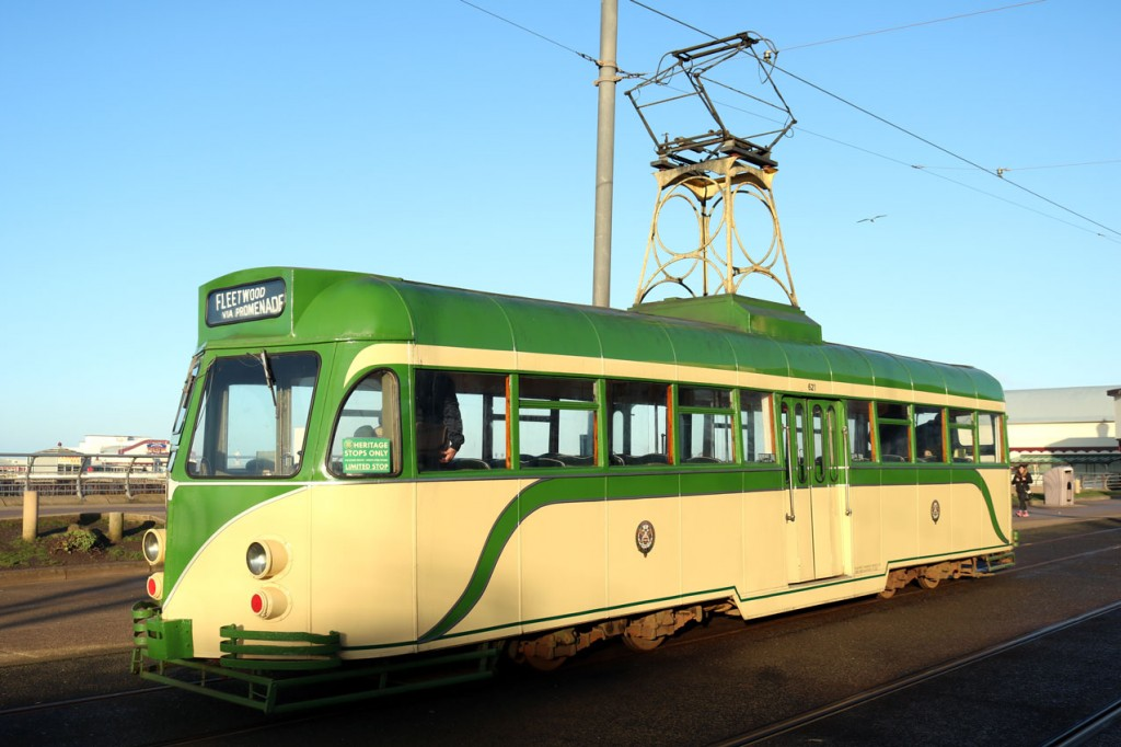 Ahead of its problems, Brush 621 is captured at Tower and North Pier awaiting departure with the 1007 to Fleetwood.