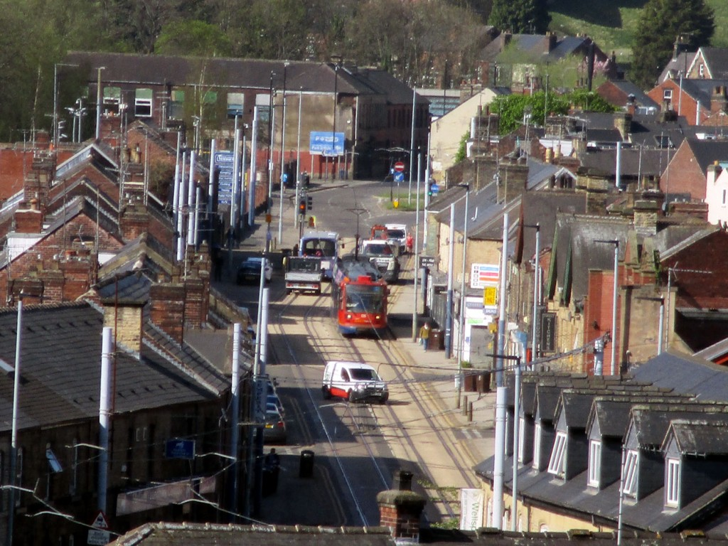 One final view of 125 on Holme Lane on its return to Halfway. (All Photographs by Stuart Cooke, 20th April 2020)
